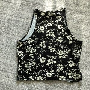 Abercrombie & Fitch Tops - Floral crop top